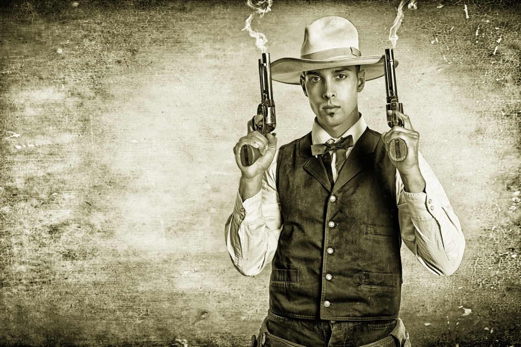 Cowboy mit rauchenden Waffen